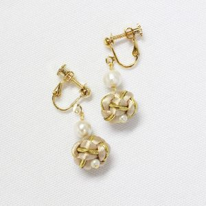 Tsubomi Metallic Tearrings ベージュゴールド